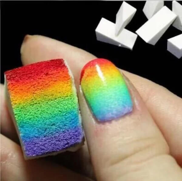 Easy-Ombre-with-Makeup-Sponges